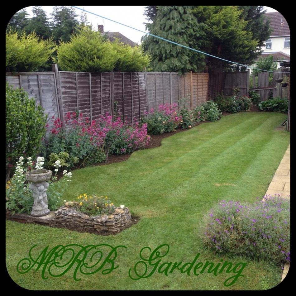 Gardener in peterborough garden maintenance for Garden maintenance